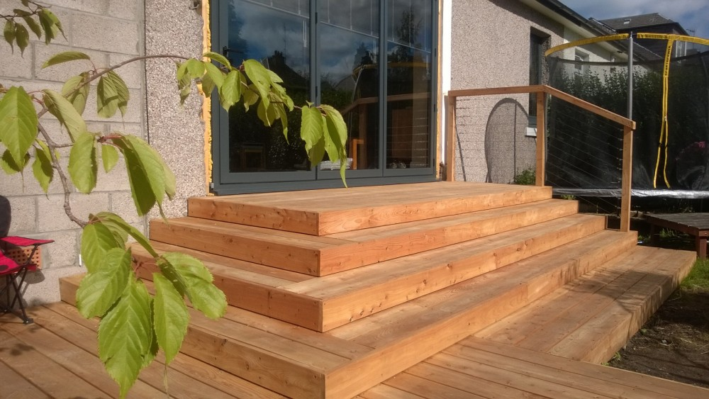 Decking construction Edinburgh